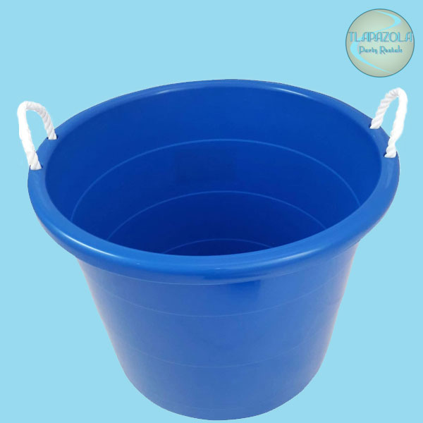 Plastic Ice Tub from Tlapazola Party Rentals in South Bay Gardena